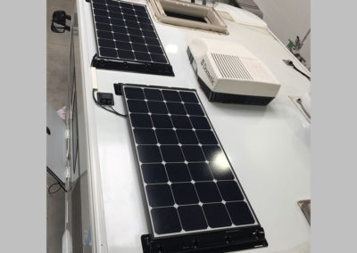 Backcontact_200Wp_schwarz